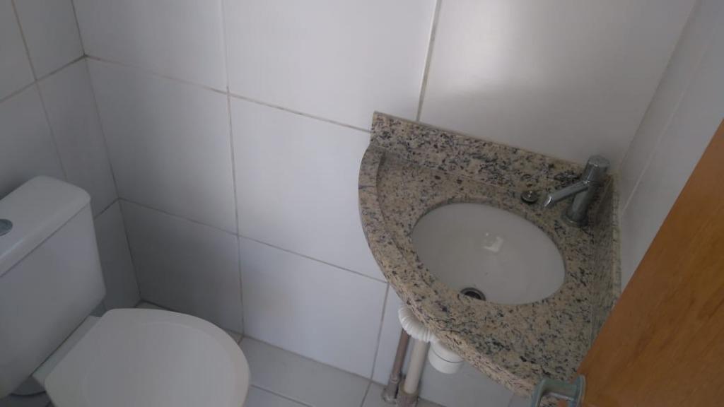 Apartamento com 2 dormitórios para alugar, 120 m² por R$ 2.715/mês - Cabo Branco - João Pessoa/PB