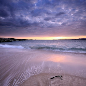 Sunset fusion... by Rui Catarino - Landscapes Sunsets & Sunrises ( praia, cova do vapor, waves, sunset, ondas, por-do-sol, sea, beach )