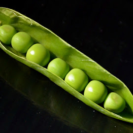 Peas by Prasenjeet Mookherjea - Food & Drink Fruits & Vegetables ( food, vegetables, curvy things, vitamins and minerals, peas )