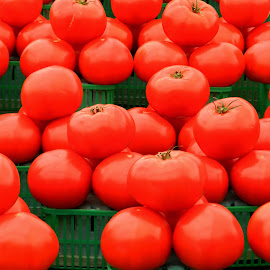 Display of Red - Red Tomatoes by Kerry  Milligan - Food & Drink Fruits & Vegetables ( market, red, vegetables, display, tomatoes )