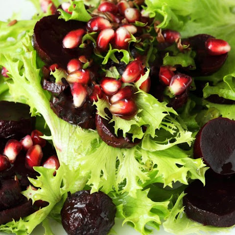 Pomegranate And Maple-Glazed Beets