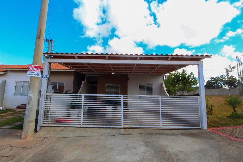 Casa em Condomínio com quartos para Alugar, 77 m²