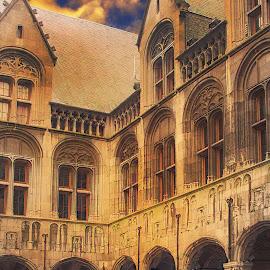 Liege - La cour du palais de justice by Gérard CHATENET - Buildings & Architecture Office Buildings & Hotels