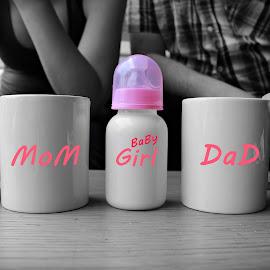 THREE DRINKS by Rina Meintjes - People Maternity