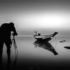 by Galaxi Man - Black & White Landscapes
