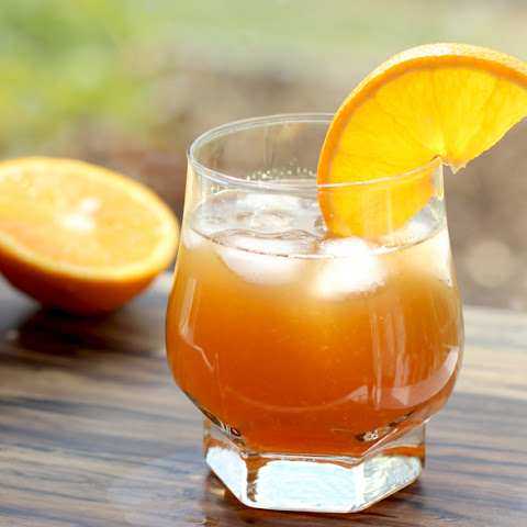 Sweet & Sour Amaretto Orange Cocktail