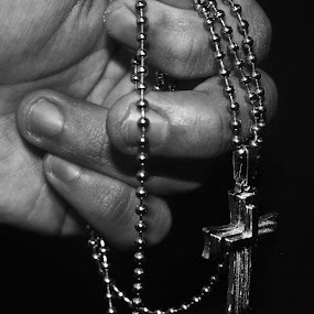 Amen by Scott Lorenzo - Artistic Objects Jewelry ( hand, monochrome, black and white, objects )