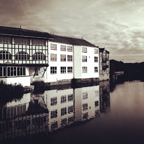 Taunton by the River by Neil Hannam - Buildings & Architecture Office Buildings & Hotels