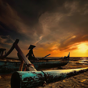 morning lighting by Dody Herawan - Landscapes Sunsets & Sunrises