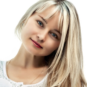 Irina by Sergey Kuznetsov - People Portraits of Women ( woman, young, blonde, portrait, posing )