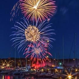 by Monica Hall - Public Holidays July 4th