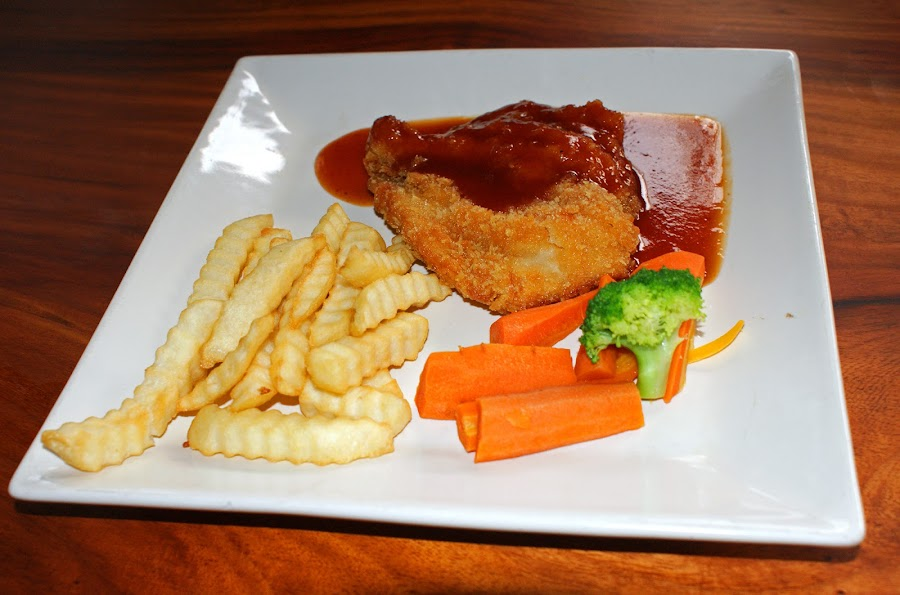 Chicken Steak by Mulawardi Sutanto - Food & Drink Plated Food ( cafe, steak, travel, enak, resto )