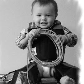 by Shelly Nichols Hellbusch - Babies & Children Child Portraits