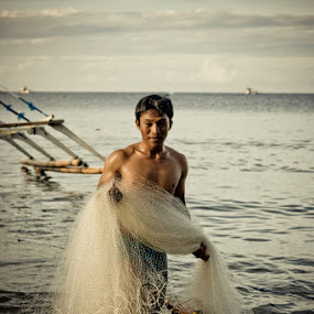 Long day by Eric Montalban - People Portraits of Men ( fish, worker, men, beach, fisherman, people )