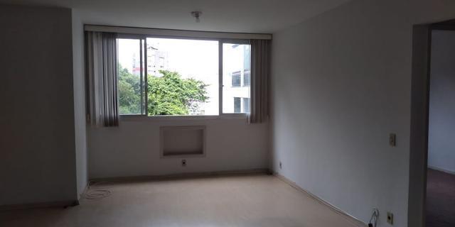 Apartamento com 1 dormitório para alugar, 60 m² por R$ 1.200/mês - Icaraí - Niterói/RJ