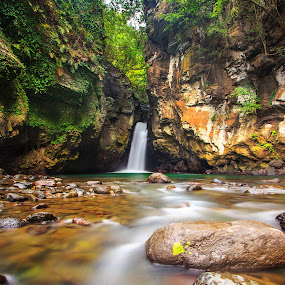 tembok barak waterfall by Agus Adi - Landscapes Waterscapes ( #bali #beautifull #landscape #waterfall #nature #tembokbarak #agusadi #cplfilter #stone #water #longexposure )