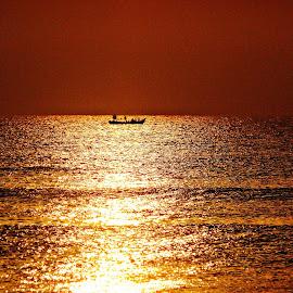 BOAT RISE by Bharat Ramaswamy - Novices Only Landscapes ( orange, dawn, sea, sunrise, boat, fishing boat,  )