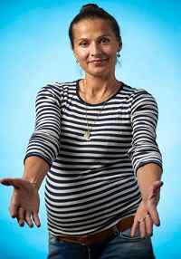 Andrea Elisabeth Rudolph bryster Kira Eggers bryster
