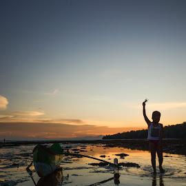 Yeaayy, i've Patrick by Dot-dee Aryanto - Transportation Boats ( sunset, starfish, beach, kids, boat )