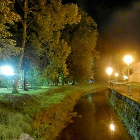 by Bojan Rekic - City,  Street & Park  Vistas