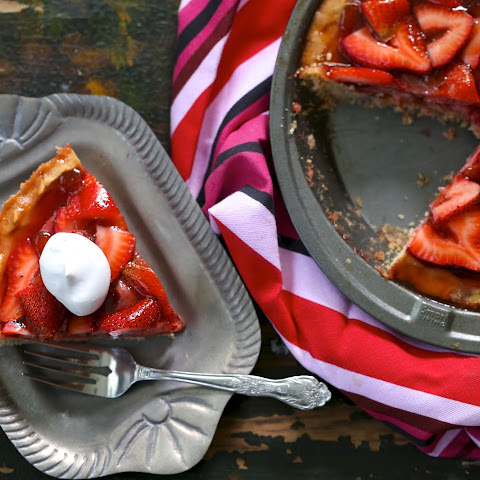 Paleo Strawberry Pie