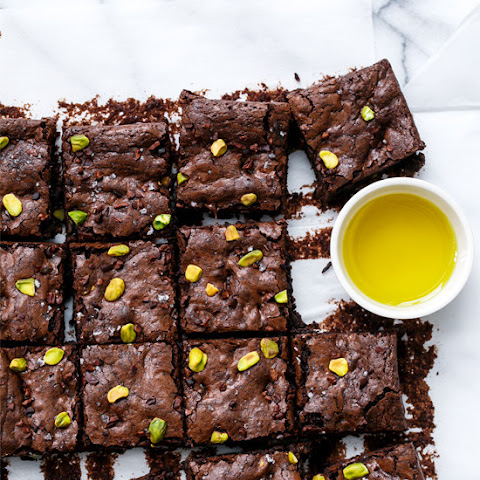Olive Oil & Pistachio Brownies