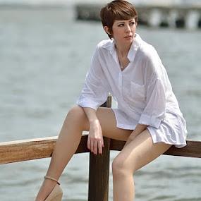 Naomi by Agus Mulyawan - People Fashion