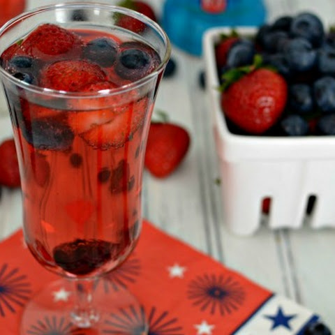 Red, White & Berry Sparkling Cocktail