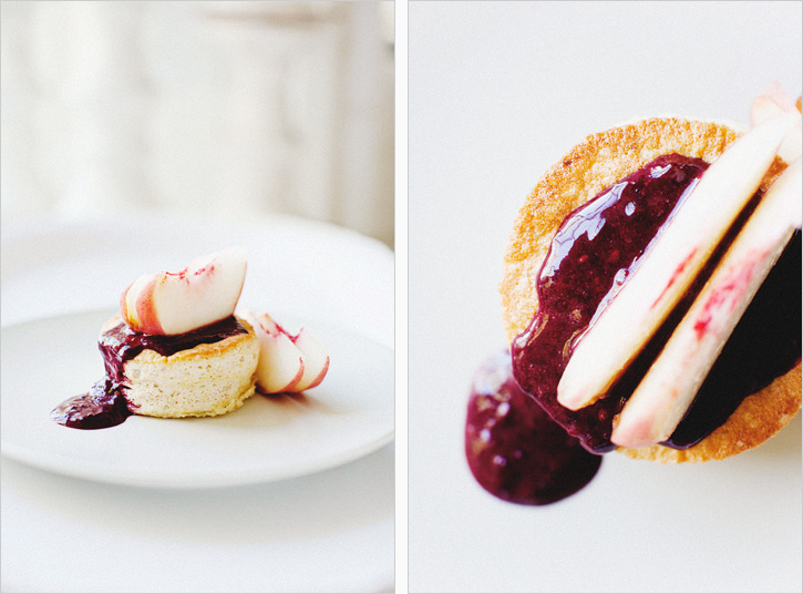 GINGER CAKES WITH WHITE PEACHES + BLACKBERRY COULIS // Makes 4 Small ...