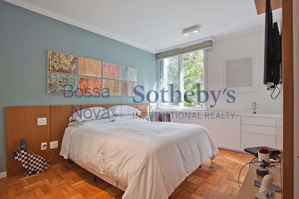 Apartamento com exclente planta e ótima localização.