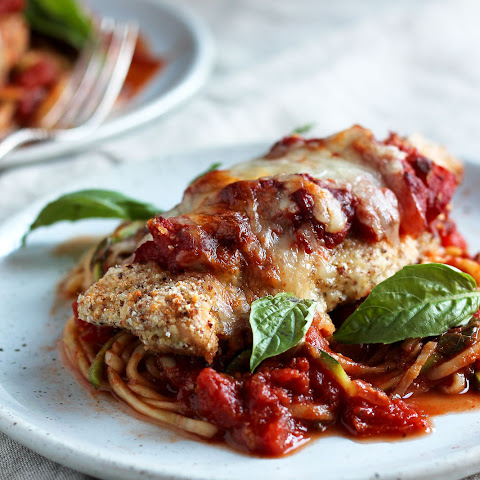 Healthy Baked Chicken Parmesan with Zucchini Noodles (gluten free!)