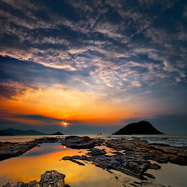 Sunrise @ Wanzai, Huidong, China by Stanley Loong - Landscapes Sunsets & Sunrises ( clouds, reflection, waterscape, warmth, sunrise, landscape, sunlight, rocks,  )