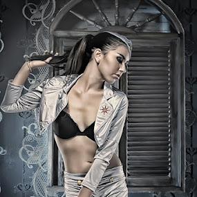 by Jeremy Farizky - People Fashion