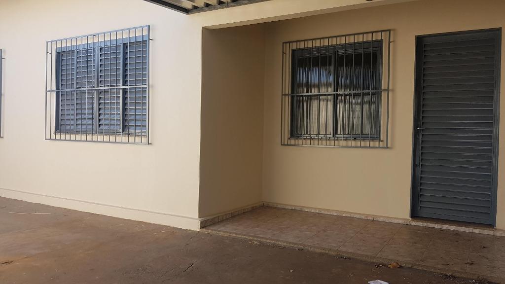 Casa com 2 dormitórios para alugar, 91 m² por R$ 700/mês - Parque São Geraldo - Uberaba/MG