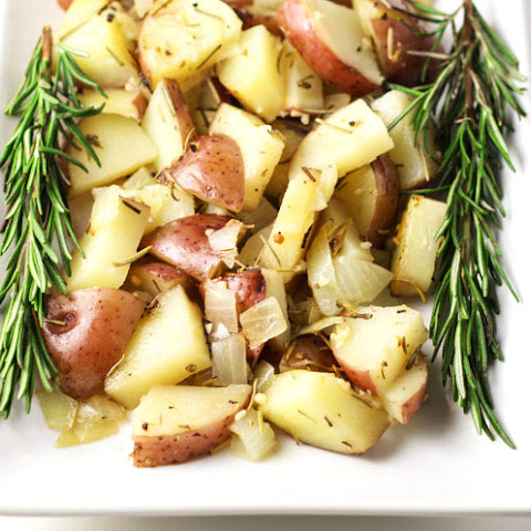 Roasted Rosemary Red Potatoes in Foil