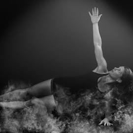 by Kelley Hurwitz Ahr - Sports & Fitness Fitness ( kelley ahr, bunny, dana, fitness, fitness photography, kelley hurwitz ahr )