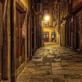 Oporto - Ribeira Street  by Henrique Melo - City,  Street & Park  Historic Districts ( douro river, ribeira do porto, street, oporto, henrique melo, oporto river, porto )