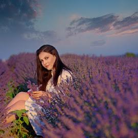 Lavender girl by Валентин Найденов - People Portraits of Women ( фб, слънчоглед, портрет, лавандула, доротея, fb )