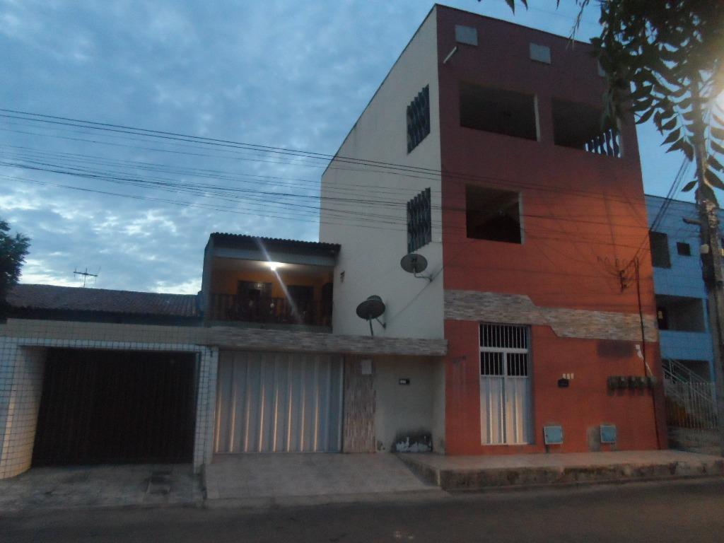 Casa / Sobrado à Venda - Parangaba