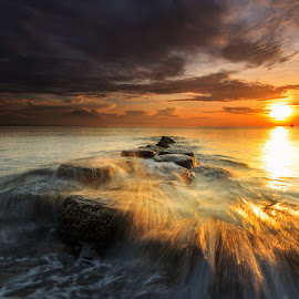 Wave The Sun by Choky Ochtavian Watulingas - Landscapes Sunsets & Sunrises ( clouds, seashore, wave, sea, beach, sunrise, seascape, skies, sun, sea barriers )