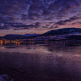 Morning at Voss by Knut Saglien - Landscapes Sunsets & Sunrises ( winter, cold, ice, voss, twilight, sunrise, norway )