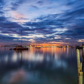 chew jetty by P Hin Cheah - Landscapes Sunsets & Sunrises ( chew jetty, penang, sunrise, jetty, chew )