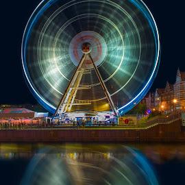 Carousel in Gdansk at night by Marcin Frąckiewicz - City,  Street & Park  Night ( gdańsk, carousel, night )
