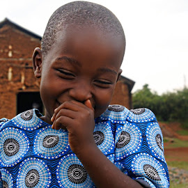 Giggles  by Cyndi Rosenthal - Babies & Children Children Candids ( giggles girl shyness africa )