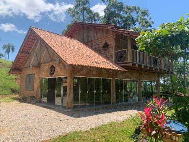 Sítio com 3 dormitórios à venda, 9800 m² por R$ 800.000 - Sertão do Valongo - Porto Belo/SC