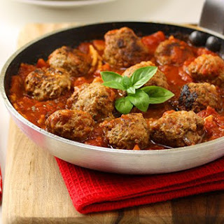 Baked Meatball in Homemade Tomato Sauce