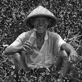 Happy Farmer by Ridwan Handoyo - People Portraits of Men ( happiness, pwc78,  )