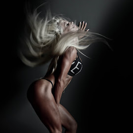 the move by Rebeka Legovic - Sports & Fitness Fitness ( fit, blonde, fitness model, fitness, fitness photography, sport )
