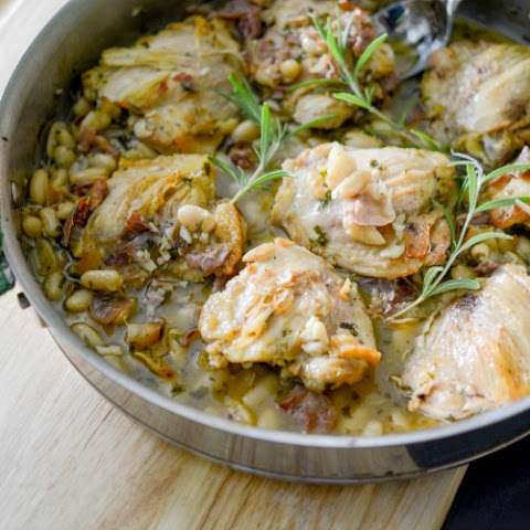 Chicken with Prosciutto, Rosemary & White Beans {One Pan Dinner}