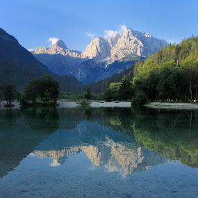 Jasna LAke by Geert Vanhaverbeke - Landscapes Mountains & Hills ( slovenie04,  )